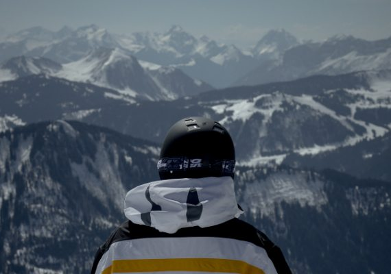 SNOWBOARDING IN LE GRAND-BORNAND